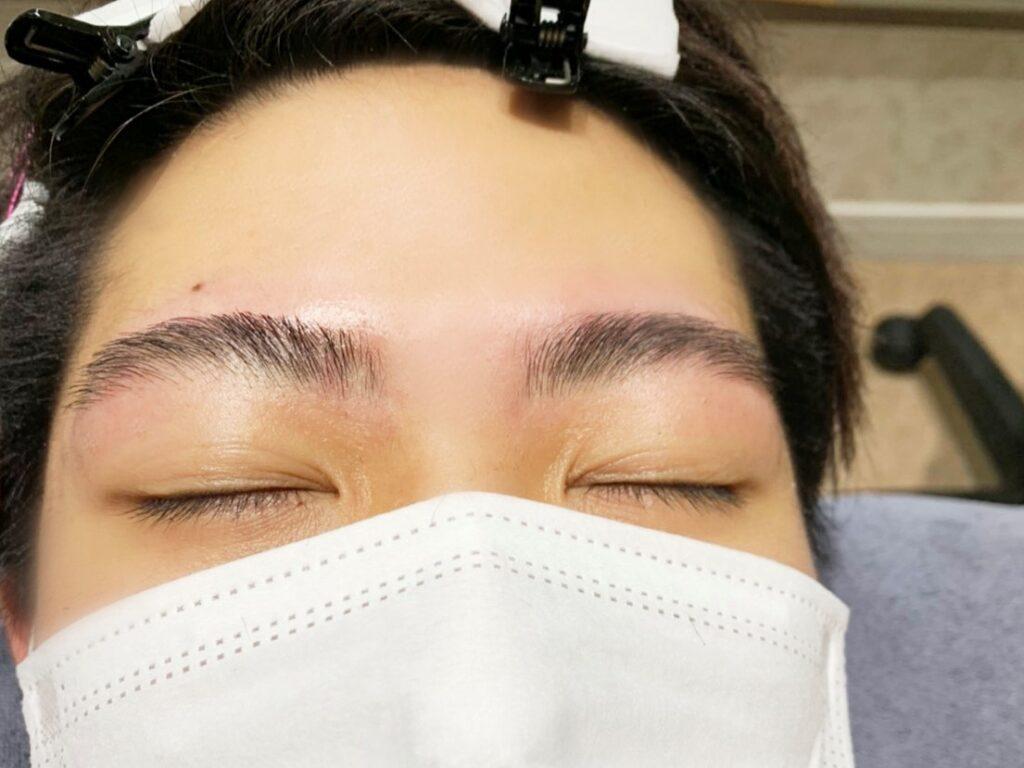 完成した眉毛の写真